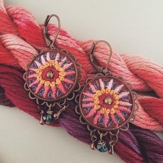 Earrings #textilejewelry #embroidery #bordado #broderie #stitchery #handcraft #jewelry