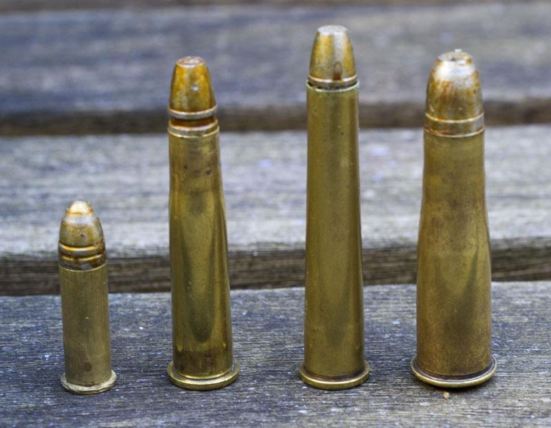 32 Long Colt/Ballard, 8,15X46R, 32-40, 9,5X47R 16103367424_c89aeff0cc_o