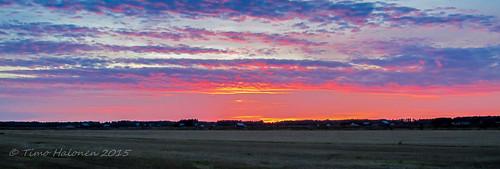 sunset sky orange cloud sun yellow digital canon finland purple ngc ixus auringonlasku laihia ostrobothnia eteläpohjanmaa youmademyday perälä 100is