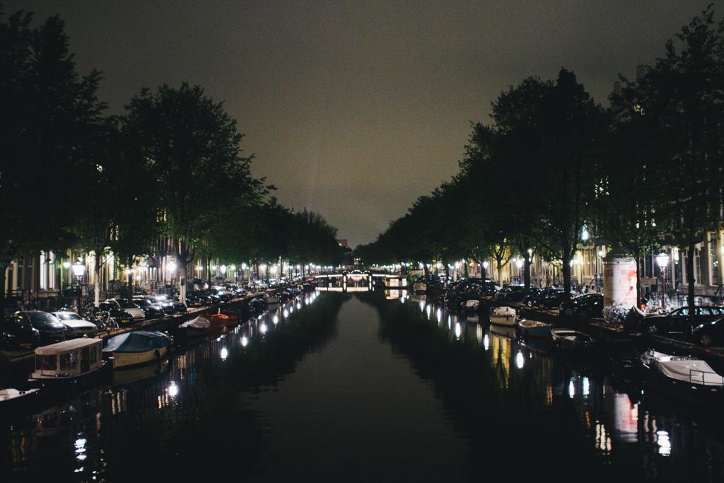 Untitled  轆轆遊遊。阿姆斯特丹篇 // 夜踩運河與酒吧街 16183630238 d87683844b o