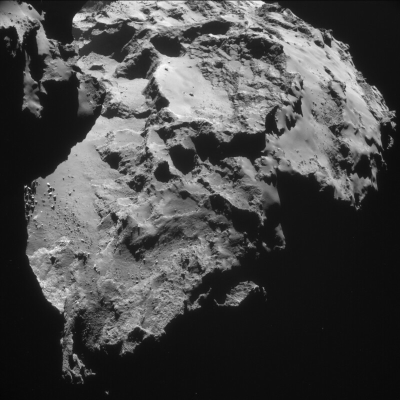 Comet 67P on 12 January - NAVCAM [d]