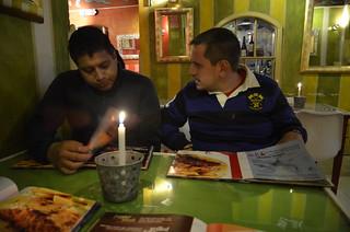 Cenando en un restaurante de La Mariscal (Quito)