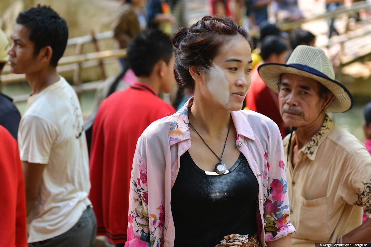 Kong_Lor_Cave_Laos-24