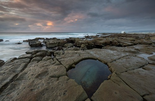 sunrise australia rockpool