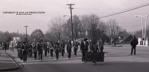 Tri-X Files 84_31.05a: Parade Route at the Intersection of Lancaster and Barnes Mill
