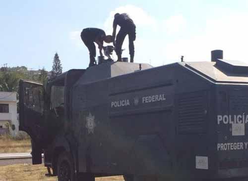 Guerrero - Asesinan a Estudiantes Normalistas de Ayotzinapa en Iguala Guerrero. - Página 20 15698008220_2d6e27e2fe_o