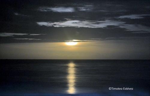 Playa Rincón, Luna llena