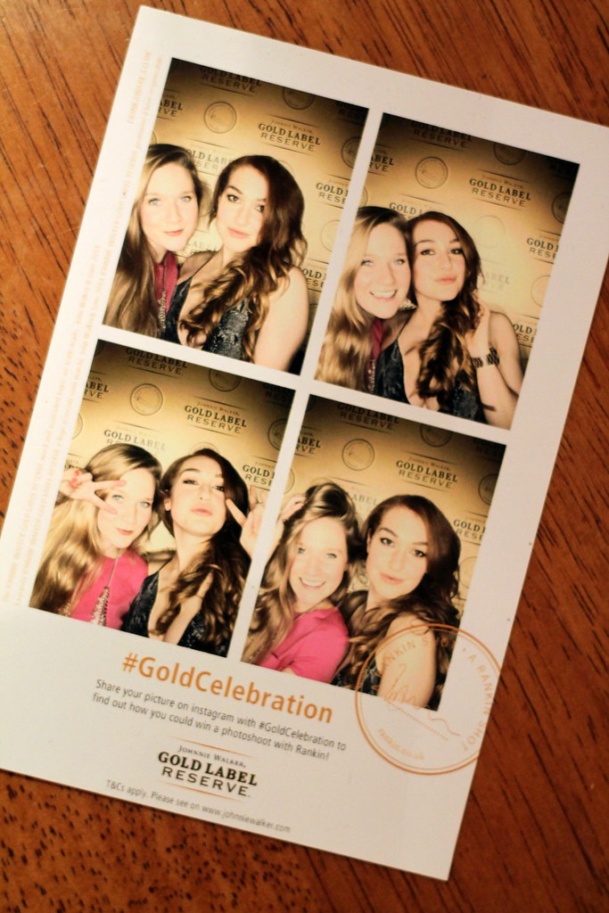 Gold Celebration Photobooth (3)