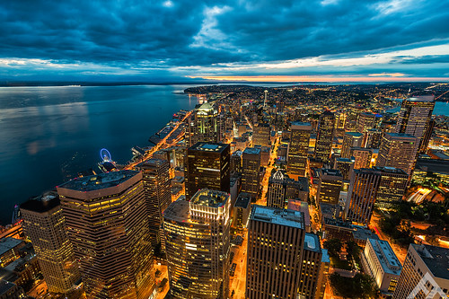 seattle longexposure sunset sky usa nikon cityscape epic skyscrapper thetrinity colombiatower d700