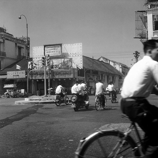 CHOLON 1961 - Rạp hát CASINO tại ngã tư Đồng Khánh-Tổng Đốc Phương
