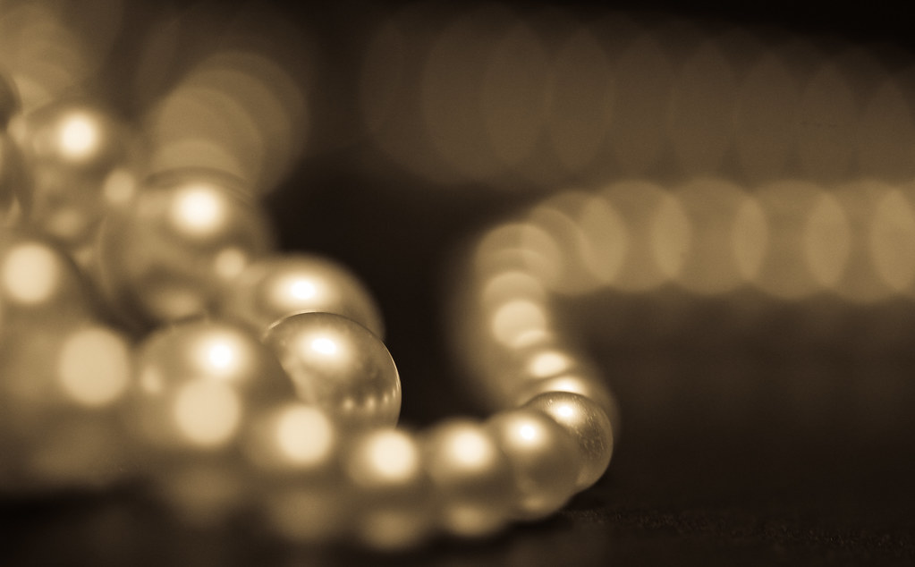 Pearls With Bokeh