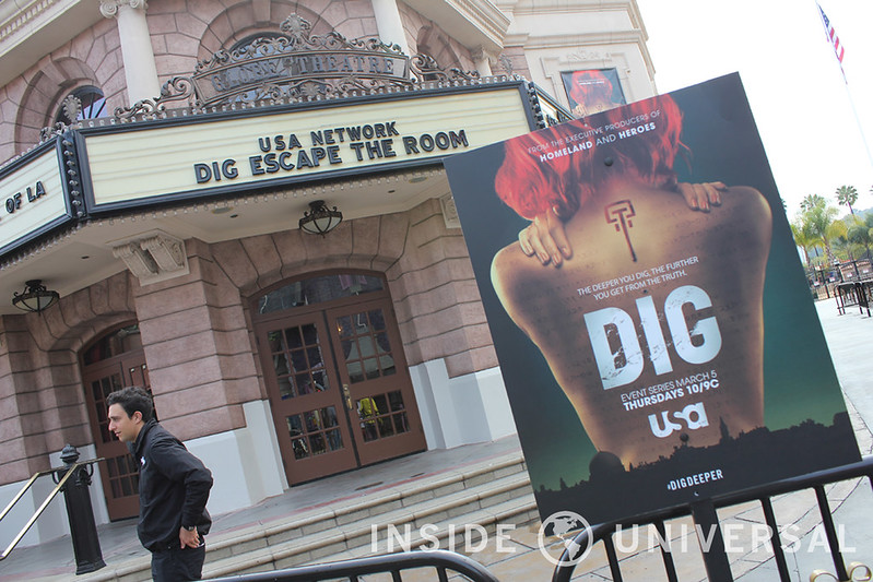 Universal Hosts Dig: Escape the Room in the Globe Theater
