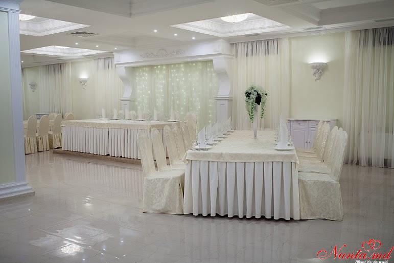 """""""British Hall """" - restaurantul  evenimentelor regale !  > Foto din galeria `Principala`"""