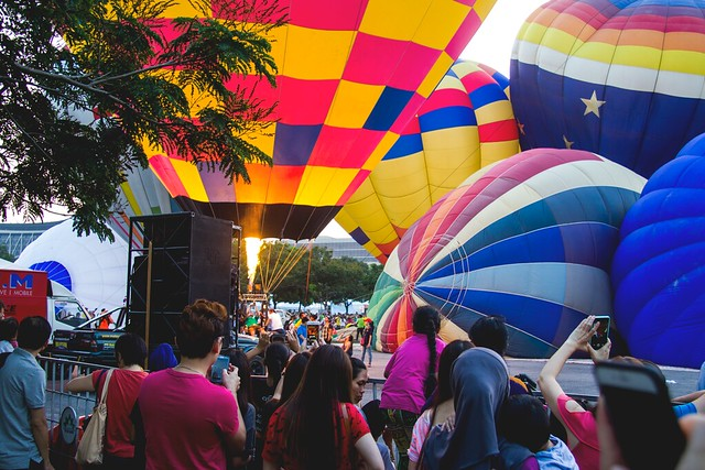 IMGHot air balloon festival 2015 via TinyBlackBird.com_9133