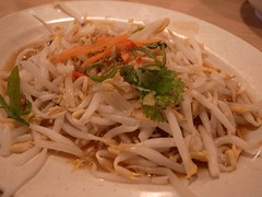 noodle soup, thai food, food, dish, yakisoba, chinese noodles, pad thai, cuisine, chinese food,