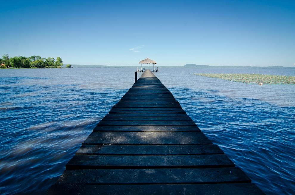 Mientras que al sur del país se congrega la mayor cantidad de turistas para disfrutar de las aguas, en el Departamento Central el Lago Ypacaraí descansa de la multitud. (Elton Núñez)