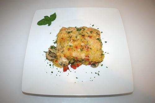 56 - Polenta chicken casserole - Served / Polenta-Hähnchen-Auflauf - Serviert