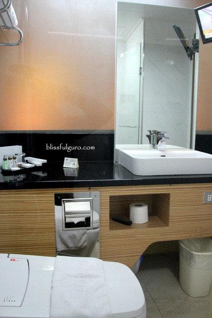 Le Monet Hotel Baguio Toilet and Bath