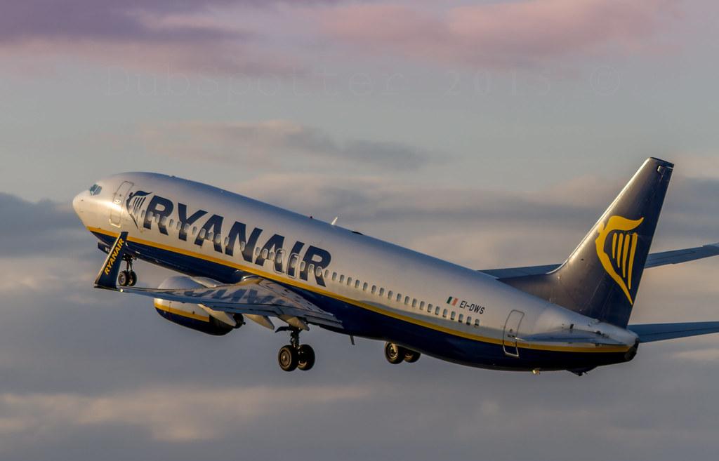 EI-DWS - B738 - Ryanair