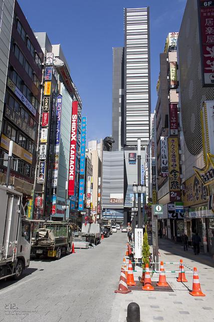 Kabukicho_Godzilla-1