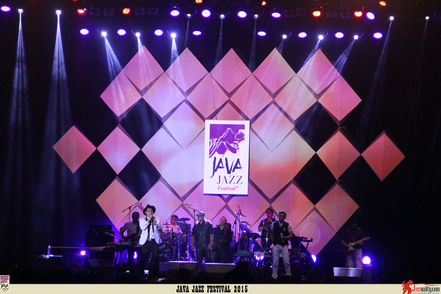 Java Jazz Festival 2015 Day 2 - Kahitna (1)