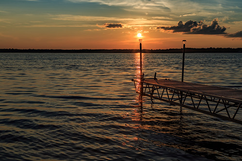 sunset carletonplace mississippilake