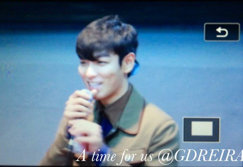 TOP-StageGreetings_Day2-20140907_(4)