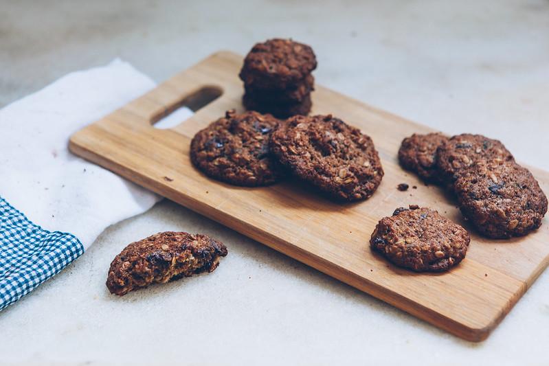 Biscoito Integral de Banana, Aveia, Nozes e Chocolate