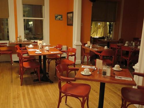 Salle des petits déjeuners - Hôtel Auberge des Tourelles, Québec (Canada)