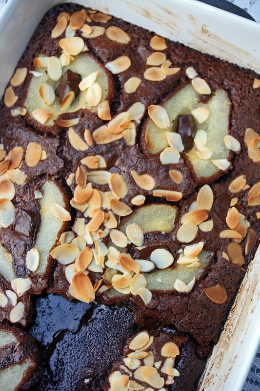 15689607350 54dea8bbdc c Pudding aux poires et au chocolat (Squidgy pudding)