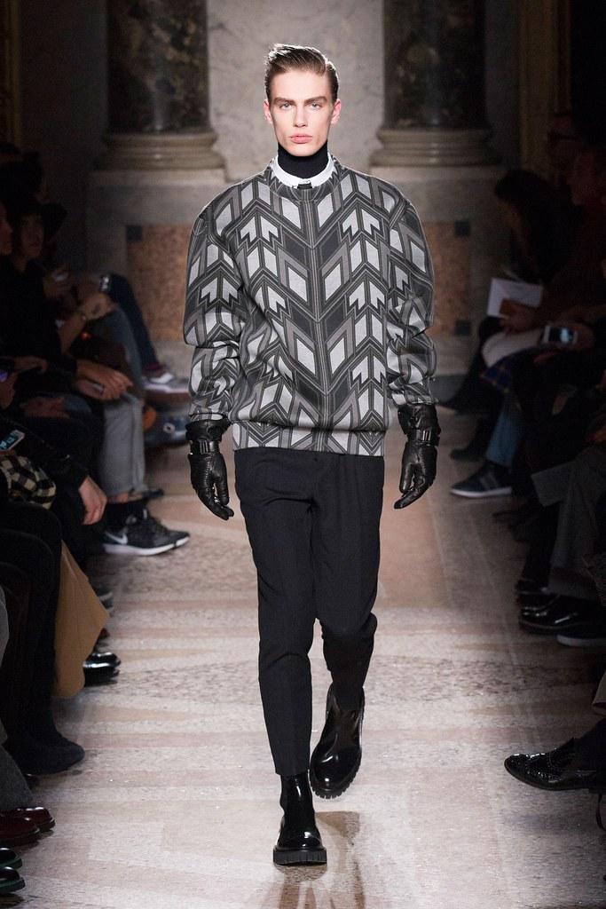 Marc Schulze3068_FW15 Milan Les Hommes(fashionising.com)