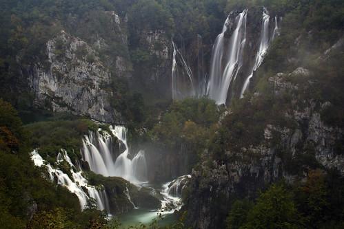 travel autumn fall nature landscape waterfall nationalpark europe sigma roadtrip adventure plitvice lorien 30mm plitvicelakes sigma3014 3014