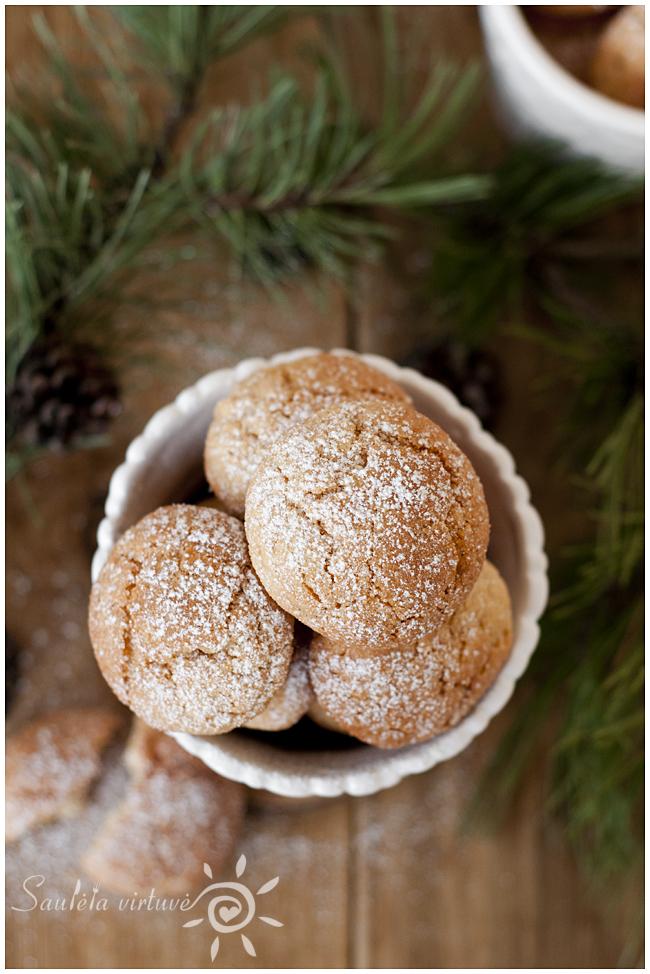 Žemės riešutų sviesto sausainiai (1)