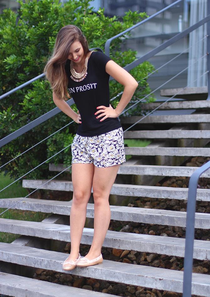3-look do dia shorts margarida e sapatilha dourada belle Petite Jolie blog sempre glamour