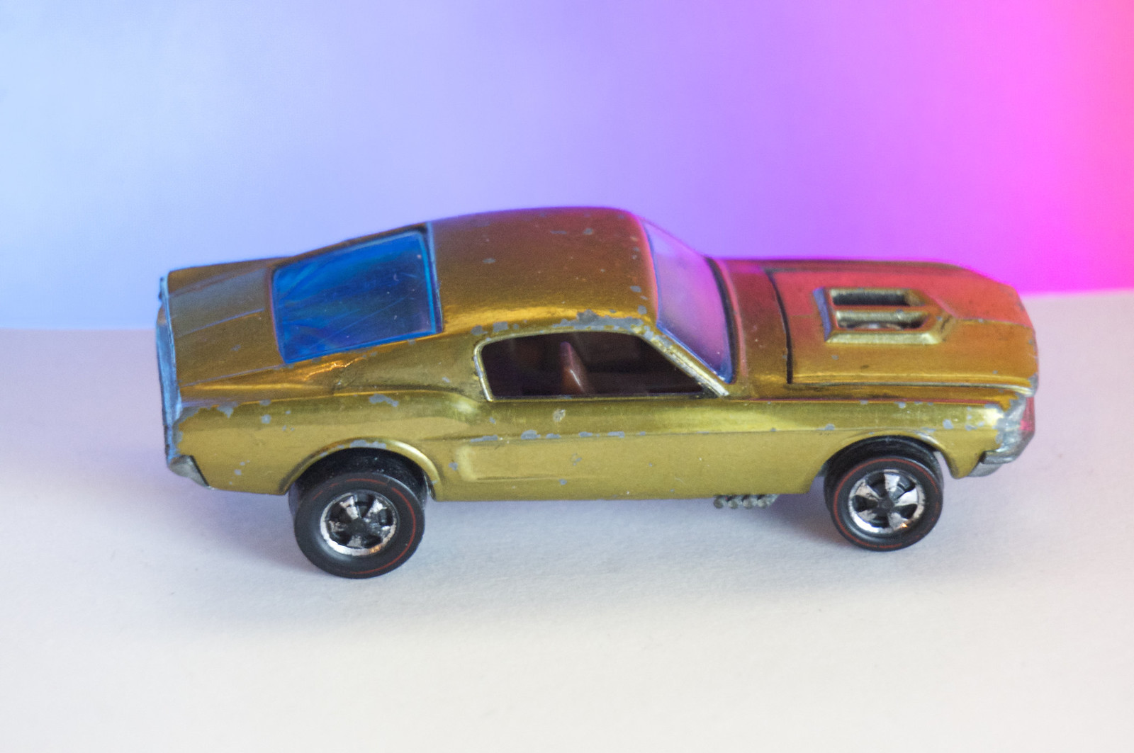 Hot Wheels Redline Early Production Gold Custom Mustang Open Hood Scoop HK