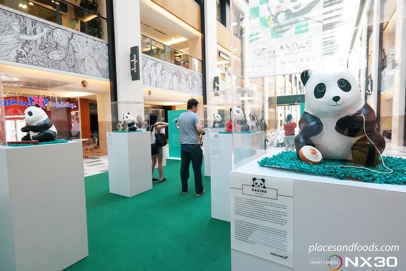 publika 1600 pandas exhibition