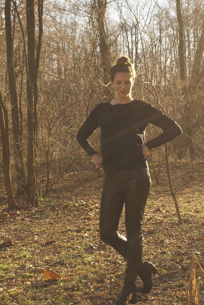 Mood Fabrics Faux Fur | Grainline Linden Sweatshirt