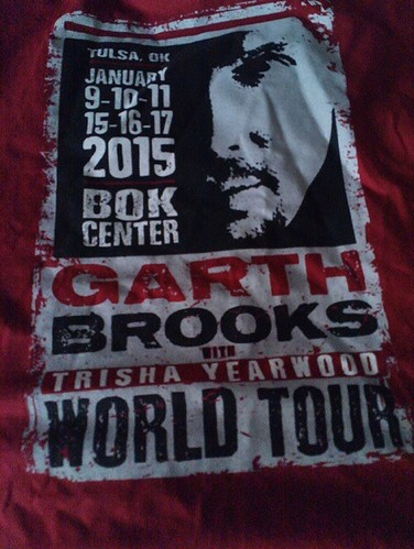 #garthintulsa #garthbrooks #tulsa #bokcenter got the Tee Shirt