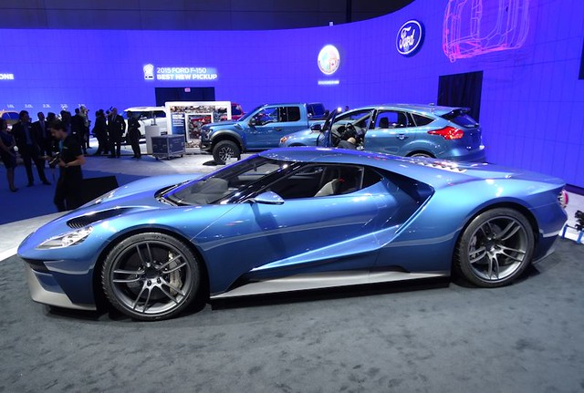 Ford GT at 2015 CIAS