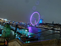 London Eye de nuit sous la pluie / London Eye at night under the rain