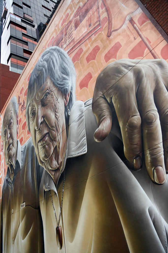 MURAL, UPPER WEST SIDE, LONSDALE STREET, MELBOURNE ©