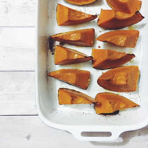 Roasting more pumpkin, because pie.