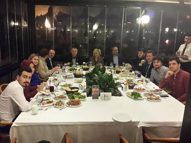 Yeni seçilen konsey başkanı ve üyeleri Rektörle yemekte buluştu…
