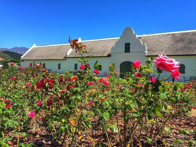Edificio colonial en las bodegas de La Motte (Franshhoek, Sudáfrica)