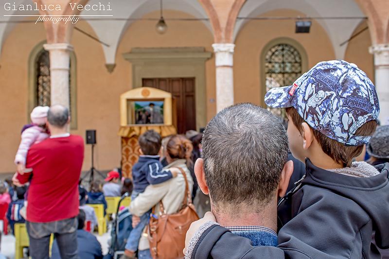 Carpinfiore e i bambini a Carpi in provincia di Modena