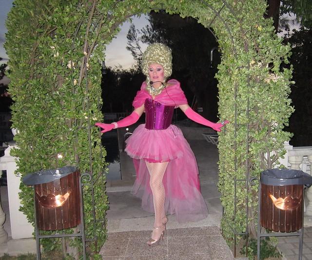 Drag queen Gabrielle Animaciones