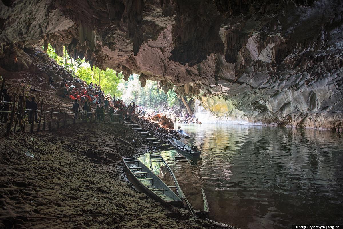 Kong_Lor_Cave_Laos-17