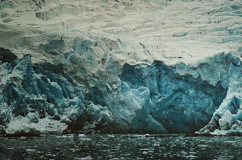 svalbard land dickson spitsbergen