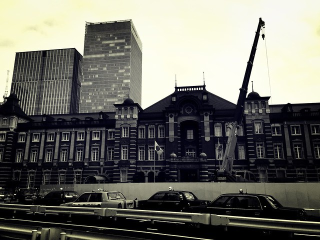 150225_ImperialPalace_iPhoneBW 1