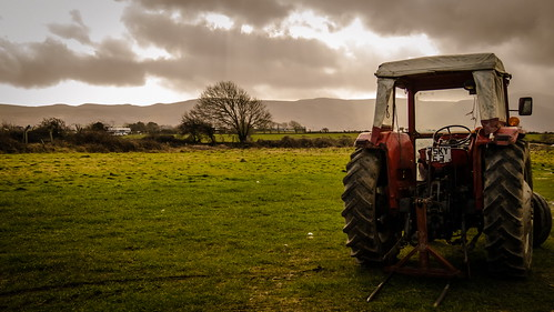 ireland tractor canon march spring raw kerry raining 2015 irishlandscape